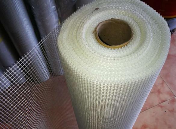 耐碱抗裂施工网格布